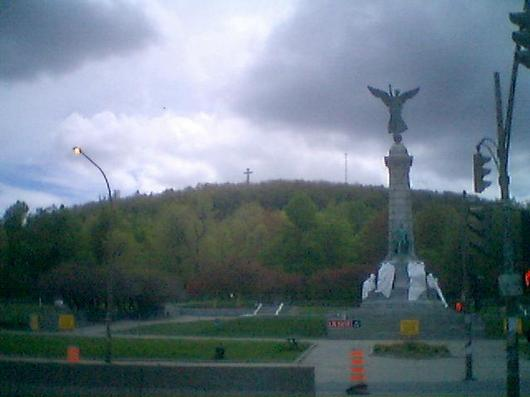 Parc Jeanne Mance and Mont Royal