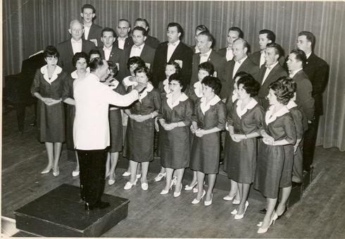 Edi Singt Chor